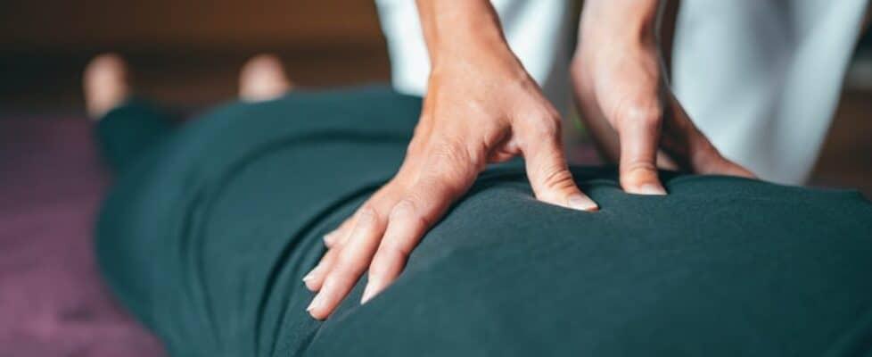 Advantages of Warm Stone Massage