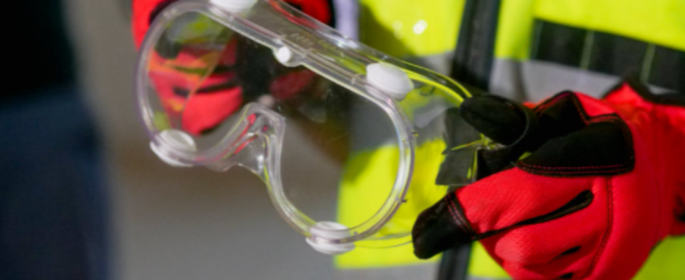 Proper Eyes Safety with Safety Glasses